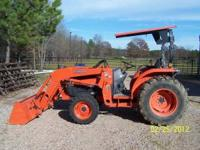 L4330 KUBOTA 4X4 WITH LA853 LOADER,,, 350HRS,,, 8 SPEED