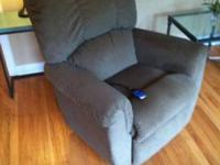 This is a new La-Z-Boy Power ReclinerIt was purchased