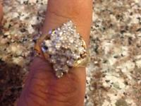 Ladies Diamond Yellow Gold Ring. The ring is unstamped