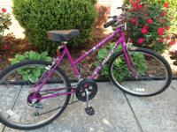 Nice women 10 speed Huffy bike! Its constantly