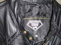 Ladies motorcycle leather jacket. Size 2X. New