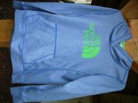 Ladies Northface blue sweatshirt  like new