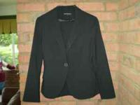 LADIES BLACK SUIT. by EXPRESS DESIGN STUDIO. In GREAT
