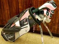 This listing is for a Girl Hagen Inspire Golf Club Set