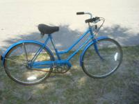 Ladies' Vintage Schwinn Collegiate Bicycle 3 speeds 26