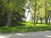 75x175 back lot on Roy Lake, situated on Roykota Drive,