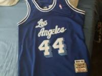 Jerry West mitchell n ness blue jersey size XL. Shoot