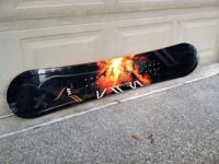 Selling a somewhat made use of Lamar 149CM Snowboard.