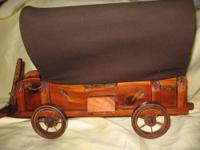 VINTAGE Collectible WESTERN WOOD COVERED WAGON LAMP