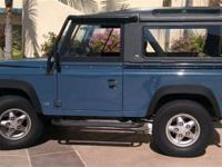 This 1994 Land Rover Defender 2dr 90 AWD Coupe features