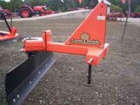 """Landpride RBT-1560 grader blade. Its 60"""" wide, uses a"""