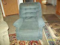 OLDER RECLINER YET IN GOOD CONDITION.....CALL WOULD