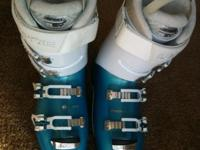 These Lange XT 90 ski boots are the 2014 design. They