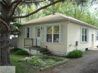 Great 2 Bedroom In S. Lansing Near Bus Line, Shopping,
