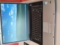 Windows xp Laptop compaq in good condition, only one