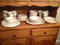 Large 82 piece Corelle dinnerware set with serving