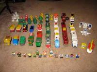 Lots of Geotrax for sale. Set includes Grand Central