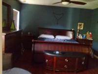 Family of 4 renting master bedroom with private