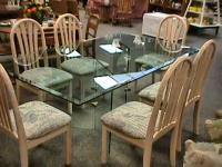 Large Modern Contemporary Dinning Table & 6 Chairs