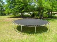 Nice trampoline cost $300 new, buy it now for $100 will