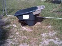 Yard cart 6 cubic ft capacity good working condition