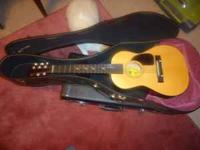 Lauren Guitar For Sale (for child). Excellent