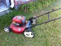 21 in. wide cut. 190cc Craftsman push lawnmower. 4