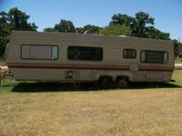 32ft Layton Celebrity trailor bumper pull, no title,