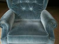 Lazy Boy recliner.  In fairly good condition, could use