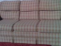 Description nice couch.just cleaned.call