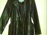 wilson leather ladies jacket black sz.med has a belt