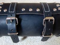 BLACK LEATHER TOOL BAG BOUGHT NEW AND NEVER USED SOLD