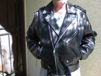 Black Leather motorcycle jacket Size Large Excellent