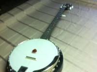 Left handed Savannah banjo - see pic any questions or