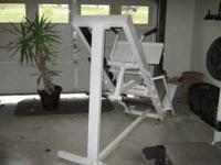 LEG PRESS/HEX MACHINE FOR OLYMPIC WEIGHTS IN GOOD