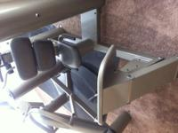 Vectra 1150 Leg Press for Sale. Excellent Condition and