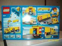 LEGO CITY 3221.SEMI WITH TRAILER AND TWO MINI