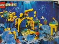 Lego System - Neptune Discovery Lab  # 6195 Includes
