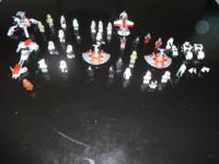 Great deal of Lego Star Wars minifigures and even more