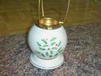 Beautiful Lenox Holiday Candle holder. Does not have