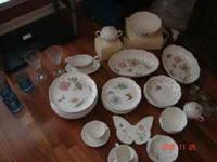 Lenox China, Butterfly Meadow. (10) dinner plates, (7)