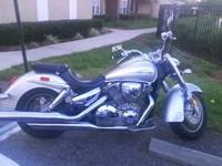 Almost New Condition 2006 Honda VTX1300R, less than