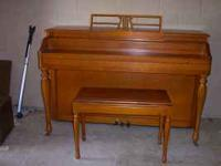 LESTER BETSY ROSS SPINET PIANO MADE IN LATE 50S LOOKS