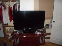 Hi i am selling a LG flat screen tv that is 27 inches