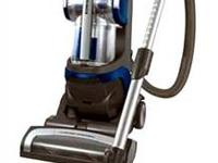 LG LUV300B Kompressor Upright Vacuum Cleaner is NEW