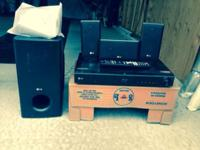 LG surround sound system for sale. It plays Blu-Ray