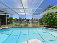 Just steps away from Lido Beach and St Armands Circle