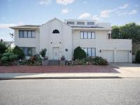 Lido Dunes Colonial In Private Beach. Neighborhood For