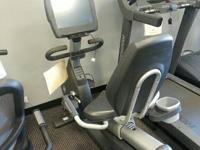 "Life Fitness FULL COMMERCIAL 95R w/15"" Touch Screen TV"