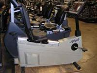 Nice heavy weight Gym-class Life Fitness recumbent
